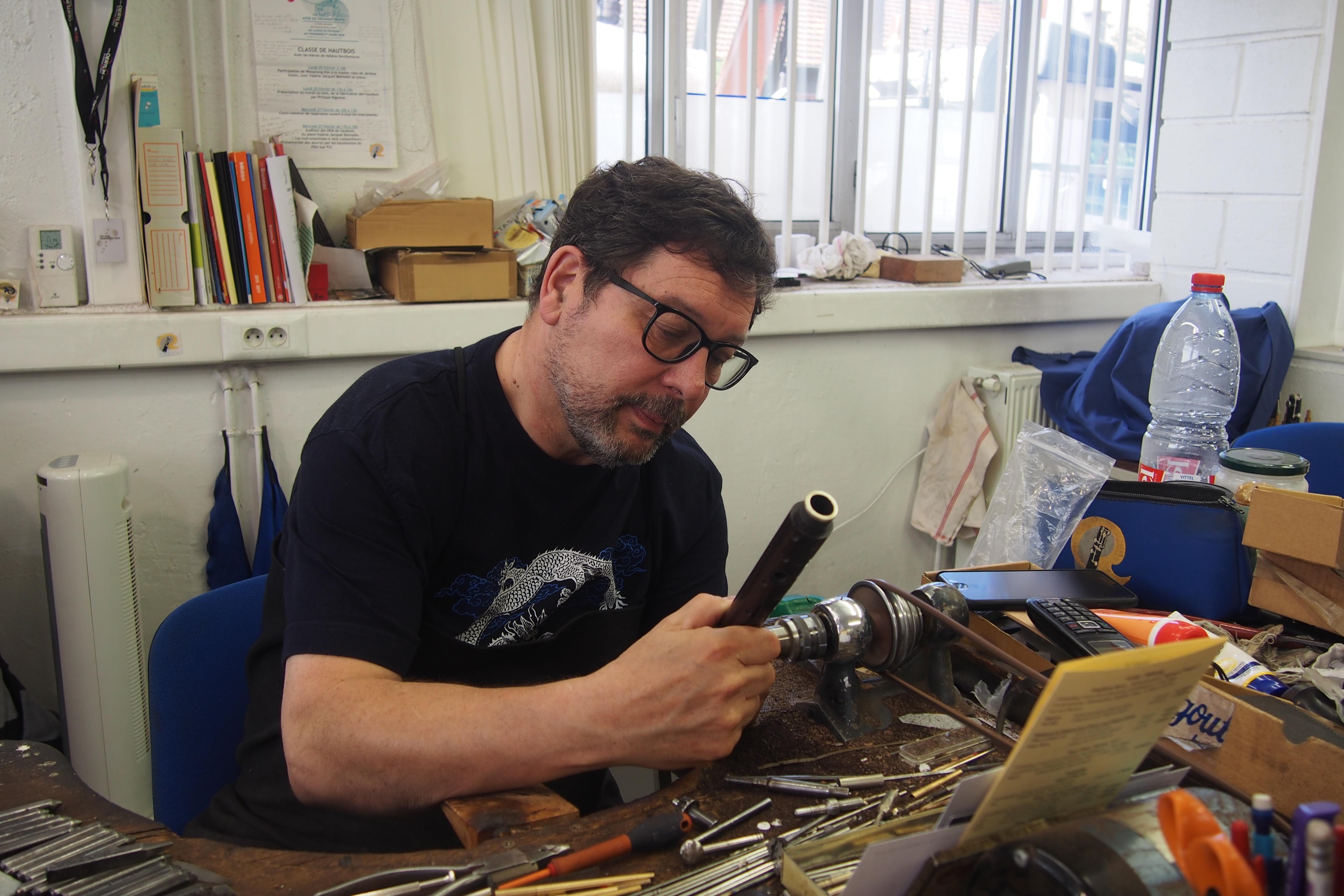Philippe Rigoutat in zijn atelier in Parijs (foto: Leonie Walta)